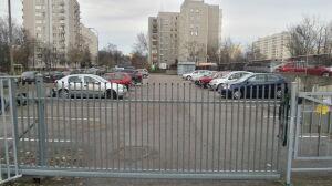 Zabierają parkingi, aby budować bloki