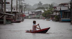 Powodzie w Brazylii (PAP/EPA/Raphael Alves)