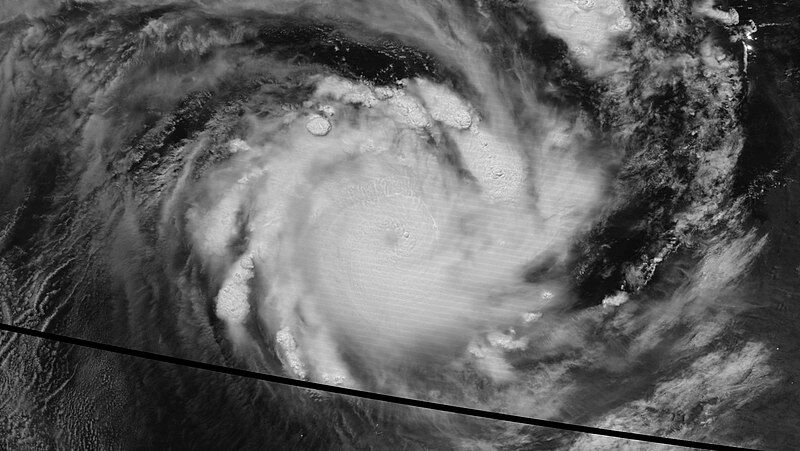 Satelitarne zdjęcie cyklonu Veronica (NASA - Suomi NPP Nighttime Satellite)